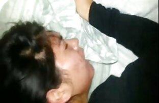 Flusso MASTURBAZIONE: pulcini caldi fanno sesso trav italiani video online